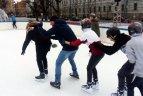 Lukiškių aikštėje čiuožinėjo jau 29 tūkst.