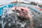 2020 02 29. 25 metrų plaukimo Galvės ežere varžybos.