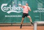 """ITF """"World Tennis Tour"""" turnyro Prezidento taurei laimėti antra diena."""