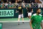 2017.02.04 Daviso taurės turnyras. Dvejetų susitikimas: Lietuva - Madagaskaras 6:2, 6:4, 6:4