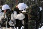 2010.02.02. Ruklos poligone Lietuvos kariuomenės kariai treniruojasi per žiemos pratybas