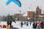 2010.02.16. Trakuose ant Galvės ežero vyko tradicinė Oro šventė, skirta paminėti Nepriklausomybės dienai