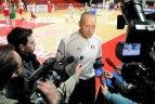 2010 02 17. Moksleivių krepšinio lygos žvaigždučių treniruotė kartu su R. Kurtinaičiu ir J. Štreimikyte.