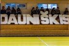"""Futbolo klubas """"Utenis"""" pasveikino Utenos Dauniškio gimnaziją su 47-uoju gimtadieniu."""