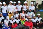 Pociūnuose pasiektas Baltijos šalių moterų parašiutininkių laisvojo kritimo ore formacijos rekordas.