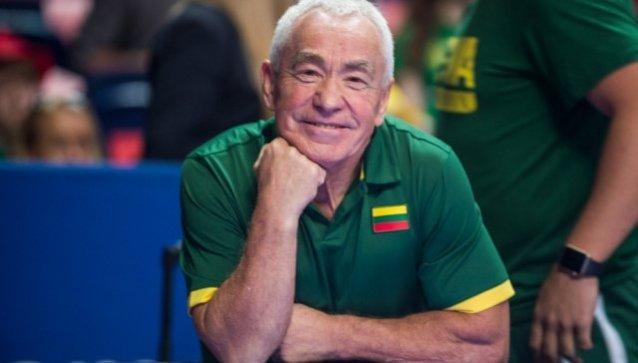 """Vilniaus """"Ryto"""" komandos fizioterapeutas Juozas Petkevičius, ką daryti, norint išvengti nugaros traumų."""