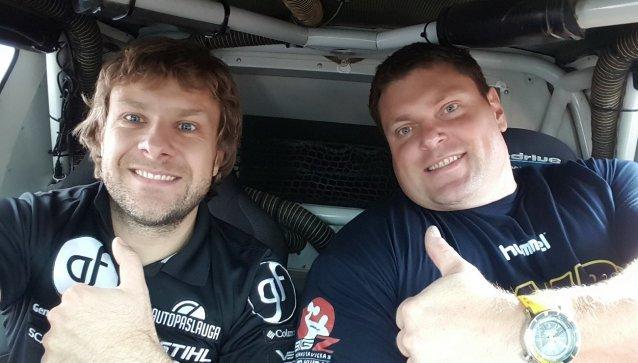 Vilniaus sporto festivalyje Ž.Savickas išbandė B.Vanago vietą prie visureigio vairo.