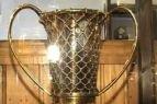 """Kauno """"Žalgirio"""" 1998-99 metais iškovota Eurolygos taurė saugoma Sporto muziejuje"""